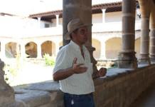 Pedro Tomé, científico del CSIC, en el municipio abulense de Aldeanueva de Santa Cruz