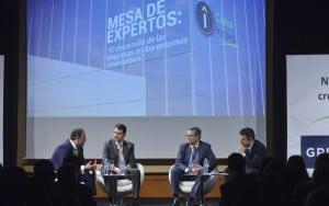 De izquierda de derecha César Ruiz (Grupo Norte), Daniel Ruiz (BQ), Francisco Milián (DHL) y Roberto Arce. Imagen: Canal Innova