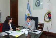 La directora del Cisor, Ana Teruel, y el rector de la UNJu, Rodolfo Tecchi