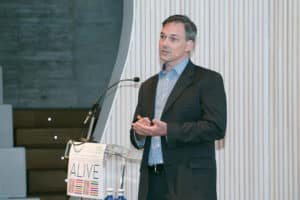 Bruce Homer, director de Investigación de CREATE (Universidad de Nueva York)