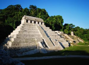Templo de las Inscripciones. Zona Arqueológica de Palenque. Foto INAH.