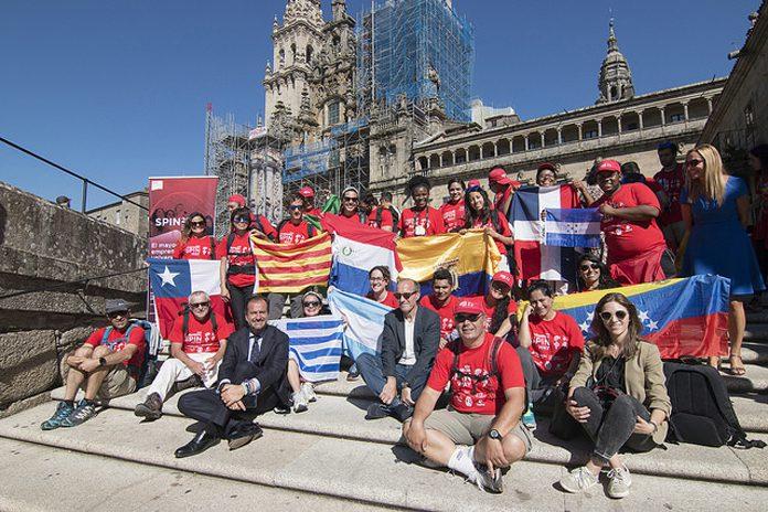Jóvenes de España y Latam en Santiago de Compostela tras participar en el programa SpinWay