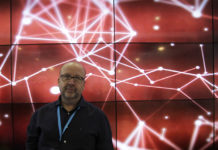 Fama sofás Global Robot Expo