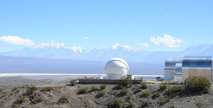 El radiotelescopio se instalará en el complejo astronómico El Leoncito