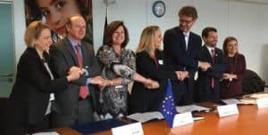 Imagen de los representantes de todas las instituciones que participan en EUROCLIMA+