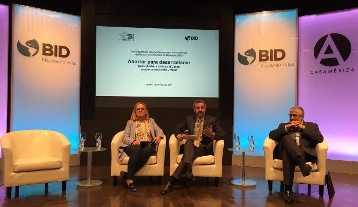 Presentación del Informe del BID 'Ahorrar para Desarrollarse' (foto de Germán Ríos @grrios)