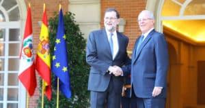 Mariano Rajoy recibe a Pedro Pablo Kuczynski en el Palacio de la Moncloa