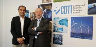 Juan Carlos Garavito y Francisco Marín en la firma del acuerdo entre INNPULSA y CDTI