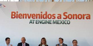 Acto de colocación de la primera piedra de AT Engine México