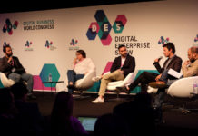 De izquierda a derecha, el periodista Alberto Iglesias (moderador), Pilar Marcos (PP), Francisco Polo (PSOE), Segundo González (Podemos) y José Luis Martínez (Ciudadanos)