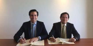 Pablo Zalba (ICO) y Clemente del Valle (FDN) en la firma del acuerdo