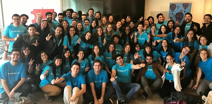 Foto de familia de la Generación TSF7 de Start-Up Chile