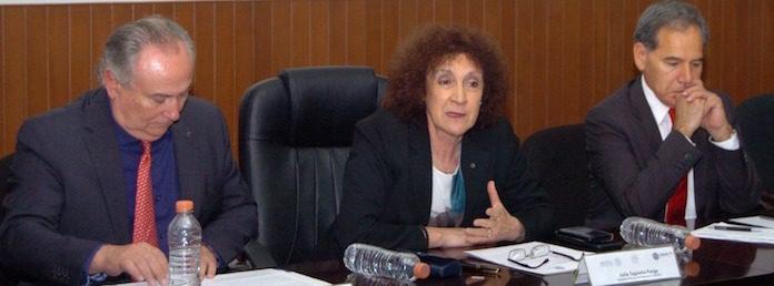 En el centro, Julia Tagüeña Parga, directora adjunta de Desarrollo Científico del Conacyt