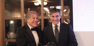 Luis Almagro (OEA) entrega el premio Ciudadano Corporativo de las Américas 2018 a Javier M. Flores (FMBBVA)