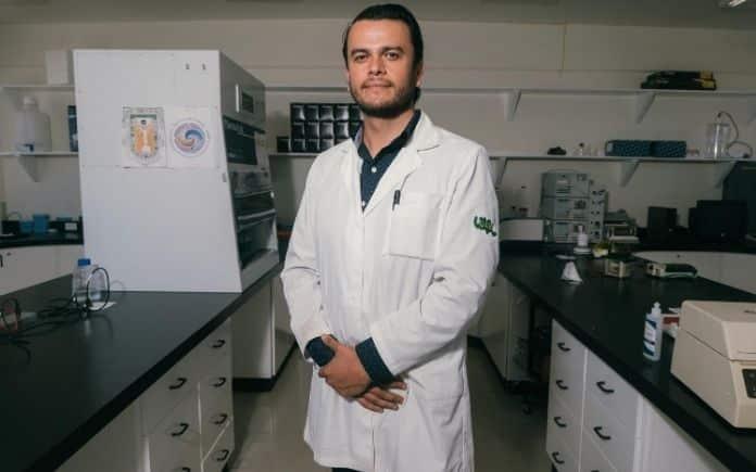 José Manuel Aguilar vacuna