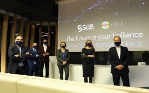 Representantes de SAS y la universidad CEU San Pablo, durante la presentacióon del título en Data Science.